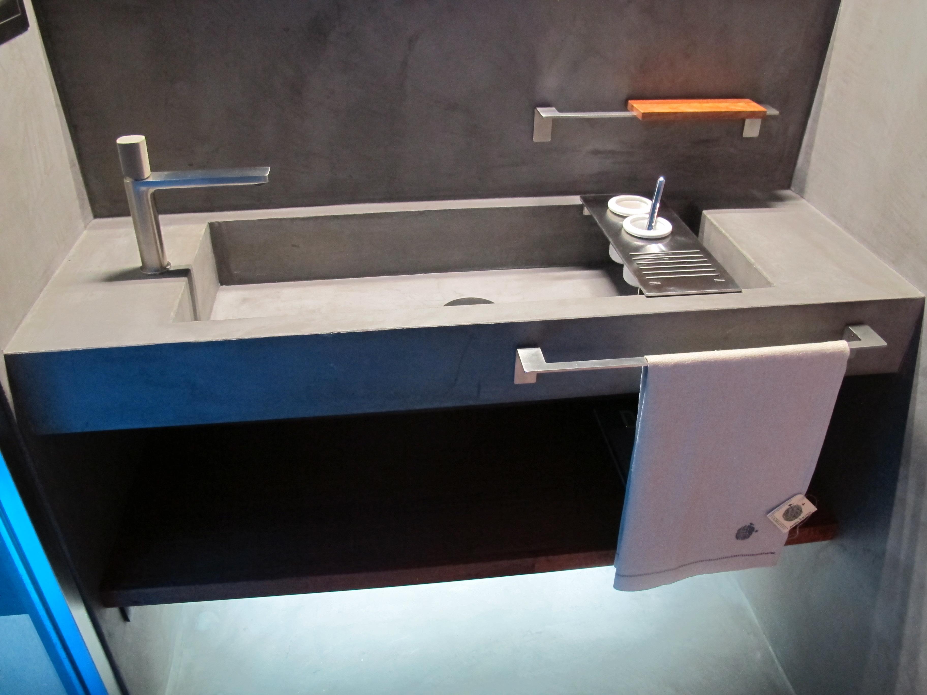 Contatti arredamento bagno broil s r l for 0039 mobili